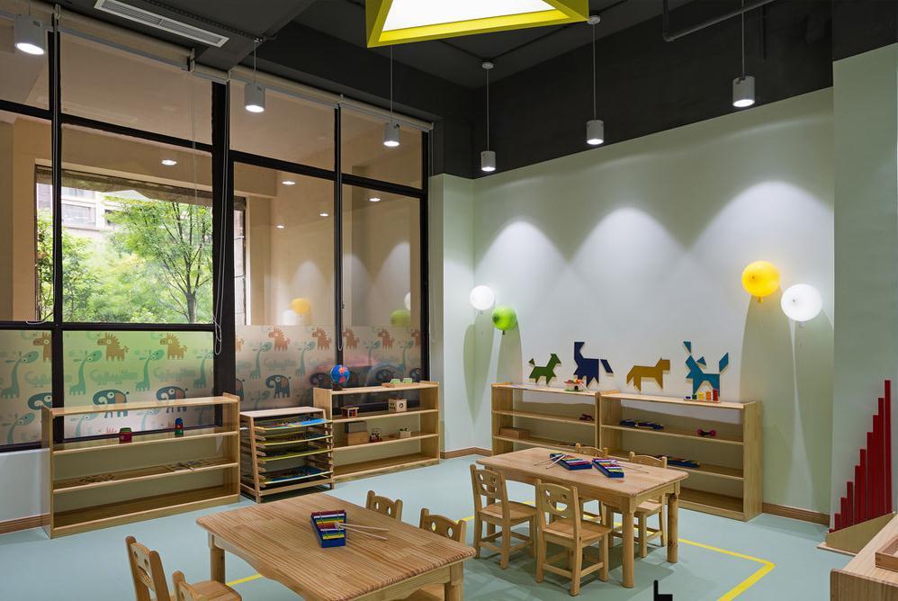 成都1200平米幼儿园装修设计/1200平米幼儿园怎么装修?