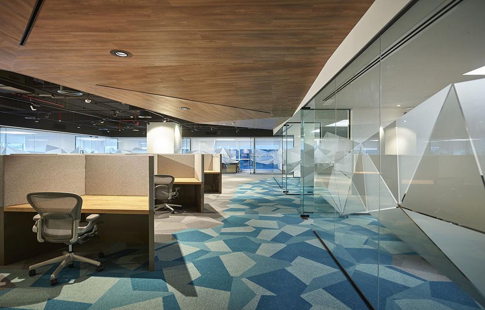 成都办公室装修,成都办公室吊顶装修如何设计?
