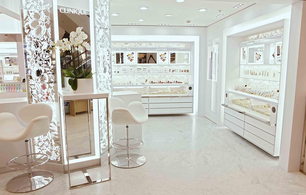 成都化妆品店装修,时尚化妆品店如何脱颖而出呢?